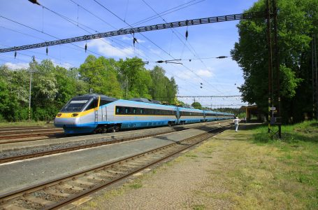 Szybszy przejazd z Rzeszowa do Warszawy. Nastąpi ogromna rewolucja w transporcie kolejowym